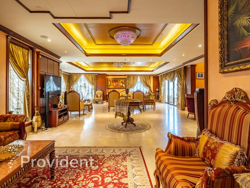 Penthouse for Sale in  Jumeirah Beach Residence