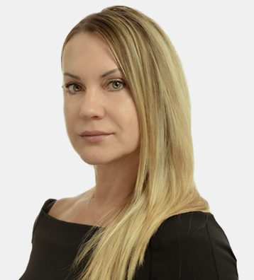 Svetlana Surnina