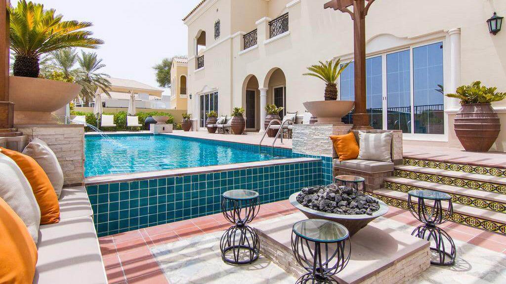 плавательный бассейн-арабско-ранчо-дубаи