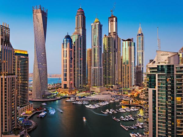 迪拜码头(Dubai Marina)